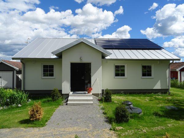 Referensobjet och visningshus. Hus utan sladd decentraliserad ventilation Energy building