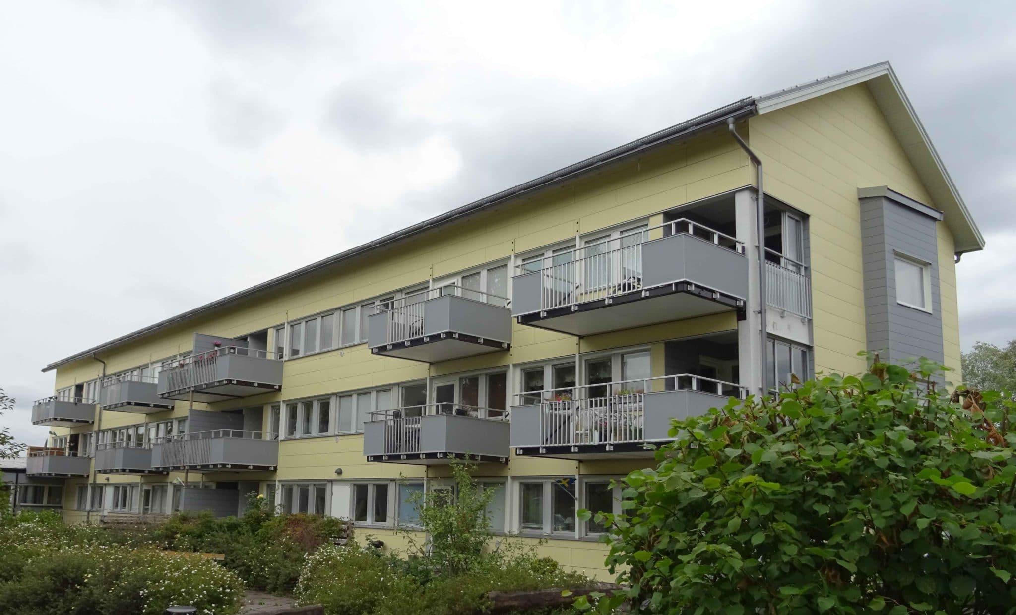 Renovering med bla ny fasad, tak och decentraliserad ventilation från Energy Building