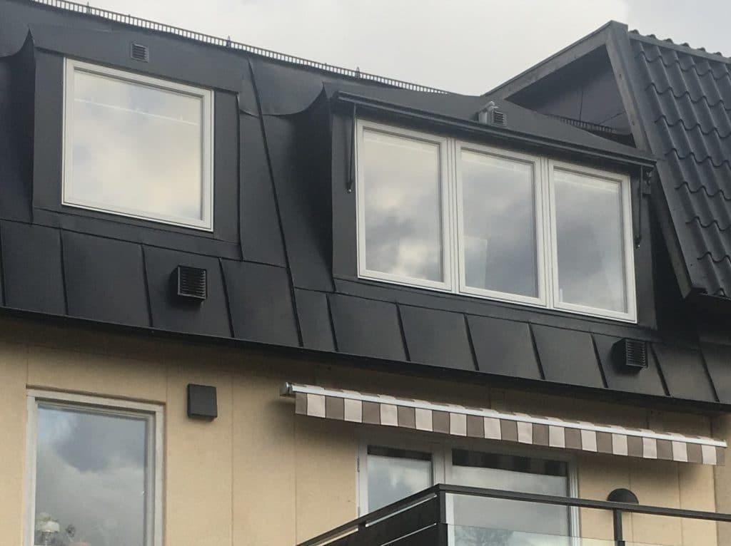 Förbättra ventilationen med fläktenheter genom taket